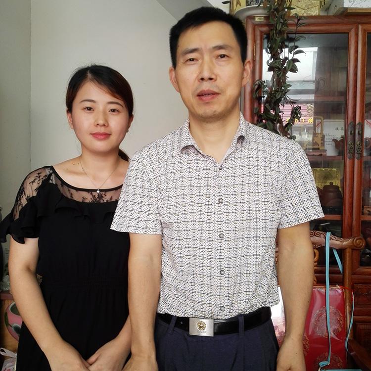 易壶网和国工冯盘军老师合影