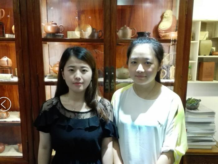易壶网(www.yipot.com)和紫砂壶艺人叶宇静老师合影照片