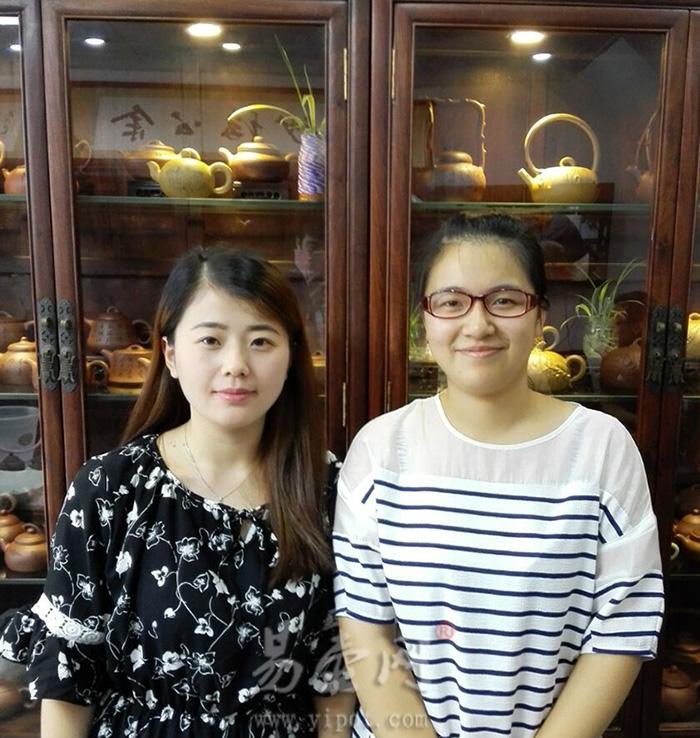 易壶网(www.yipot.com)和李娅老师合影